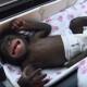 Этого малыша шимпанзе хотела убить родная мать. Как он выглядит сейчас?