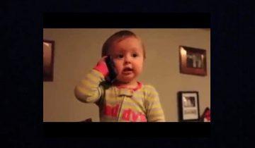 Малыш болтает с папой по телефону: уморительные кадры