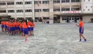 Вот это сила! Урок физкультуры в китайской школе