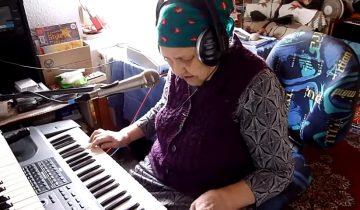 Бабушка поет и играет на современных инструментах: ей больше 90 лет!