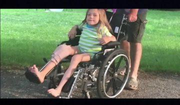 Эта девочка была прикована к инвалидной коляске из-за генетической болезни…