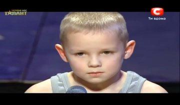 Маленький богатырь взорвал зал и шокировал жюри: 3 млн просмотров