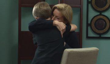 Мать впервые услышала голос сына через 8 лет после его рождения