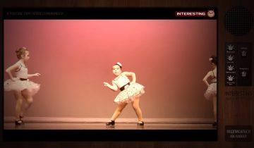 Девочка взорвала публику своим танцем: 1,4 миллиона просмотров