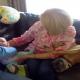 Пес готов притвориться младенцем, лишь бы ему уделили внимание