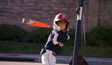 Этот мальчик уверен, что он является перевоплощением известного бейсболиста