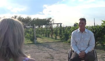 Девушка собралась замуж за мужчину на инвалидной коляске