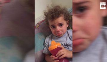 Мама застала дочь в слезах. Но причина этих слез ее поразила