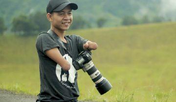 Фотограф без рук и ног потрясает своим талантом