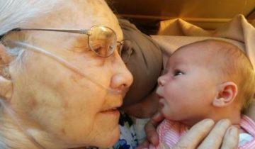 Самая трогательная встреча: старики и внуки (фотоподборка)
