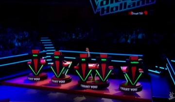 Парень заставил все жюри повернуться за 2 секунды выступления