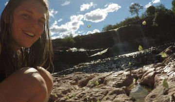 Босая британка без вещей медитировала в лесу Бразилии, пока ее искали