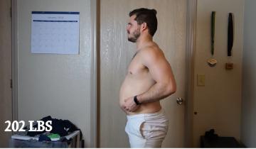 Минутный ролик о превращении парня в мускулистого красавца