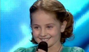 Девочка исполнила известную песню так, что невозможно было сдерживать слезы