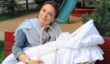 Марина Могилевская рассказала, что она всю жизнь мечтала о ребенке. Но стать мамой смогла только лишь в 41!