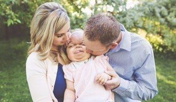 Родители девчушки с редчайшей болезнью каждый день благодарят Бога за то, что она живет!