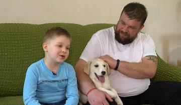 Шестилетний Иван вместе с папой спасли больше сотни бездомных животных