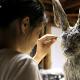 Художница из Японии делает скульптуры животных из старых газет и таким образом спасает планету
